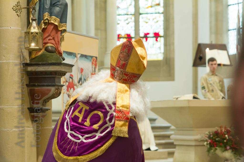 Patronatsfest von St. Nikolaus: Pfarrpatron kommt mit Smartphone 7