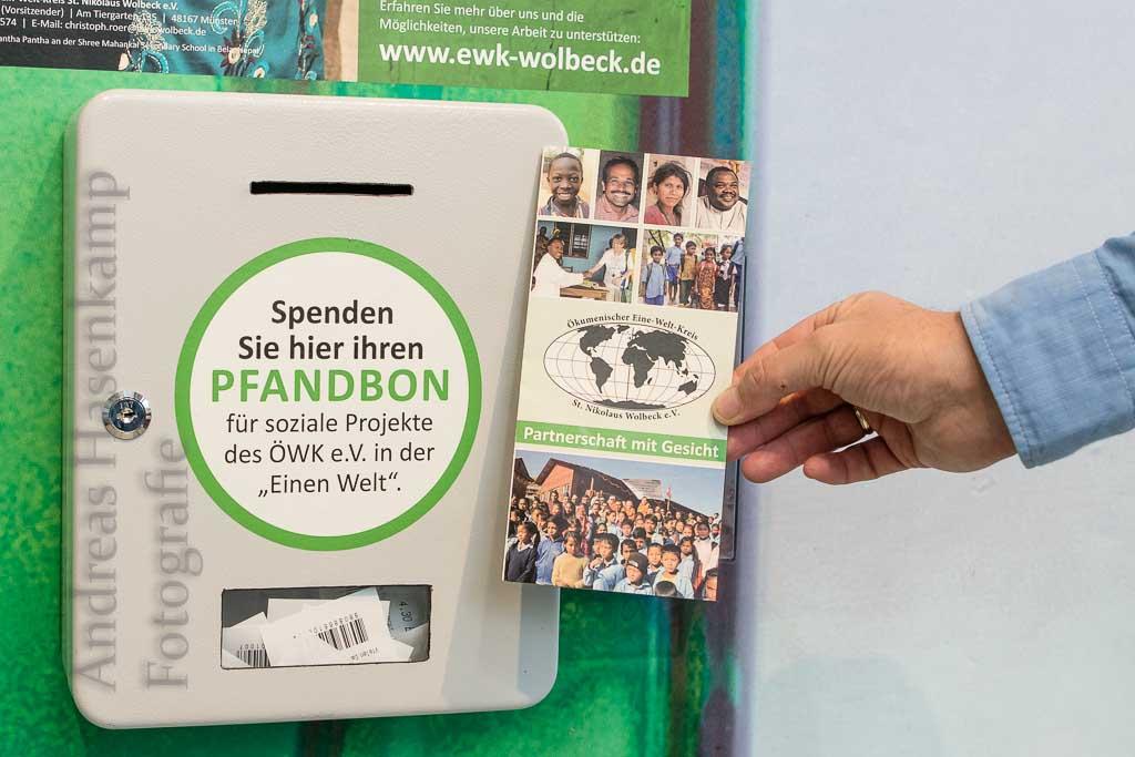 Pfandbox lädt zum Spenden für Entwicklungsprojekte ein