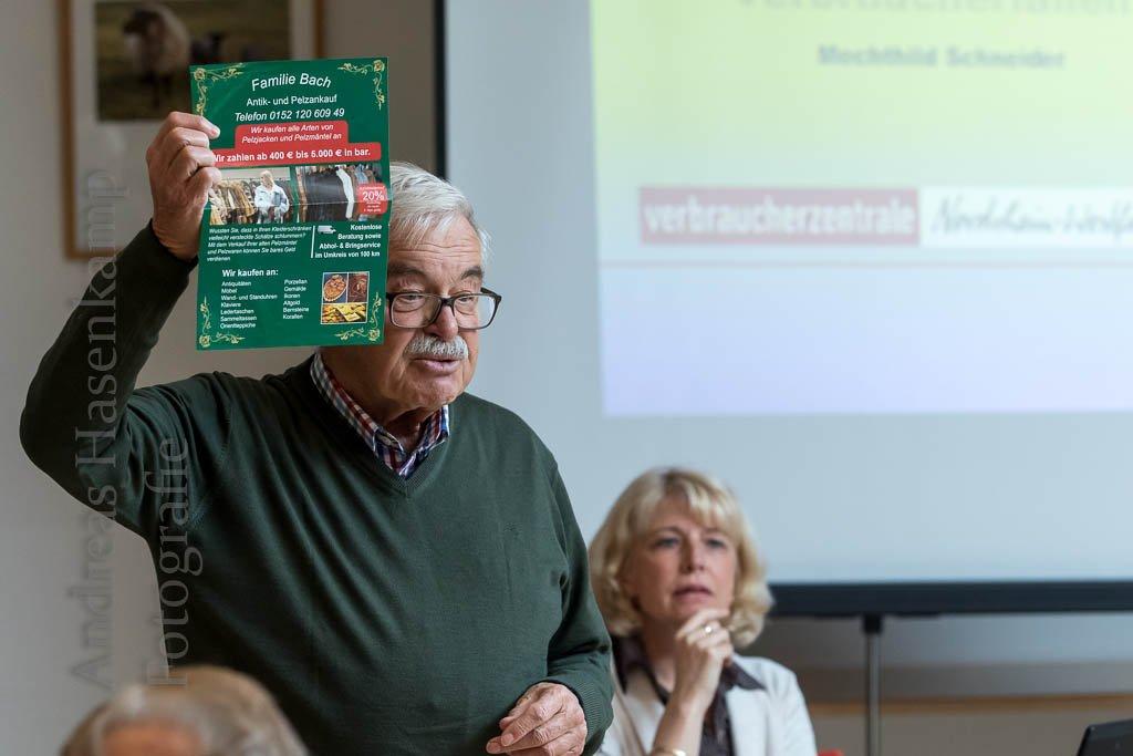 """Verbraucherfallen erklärt Verbraucherzentrale NRW referiert bei """"Älter werden in Wolbeck"""""""