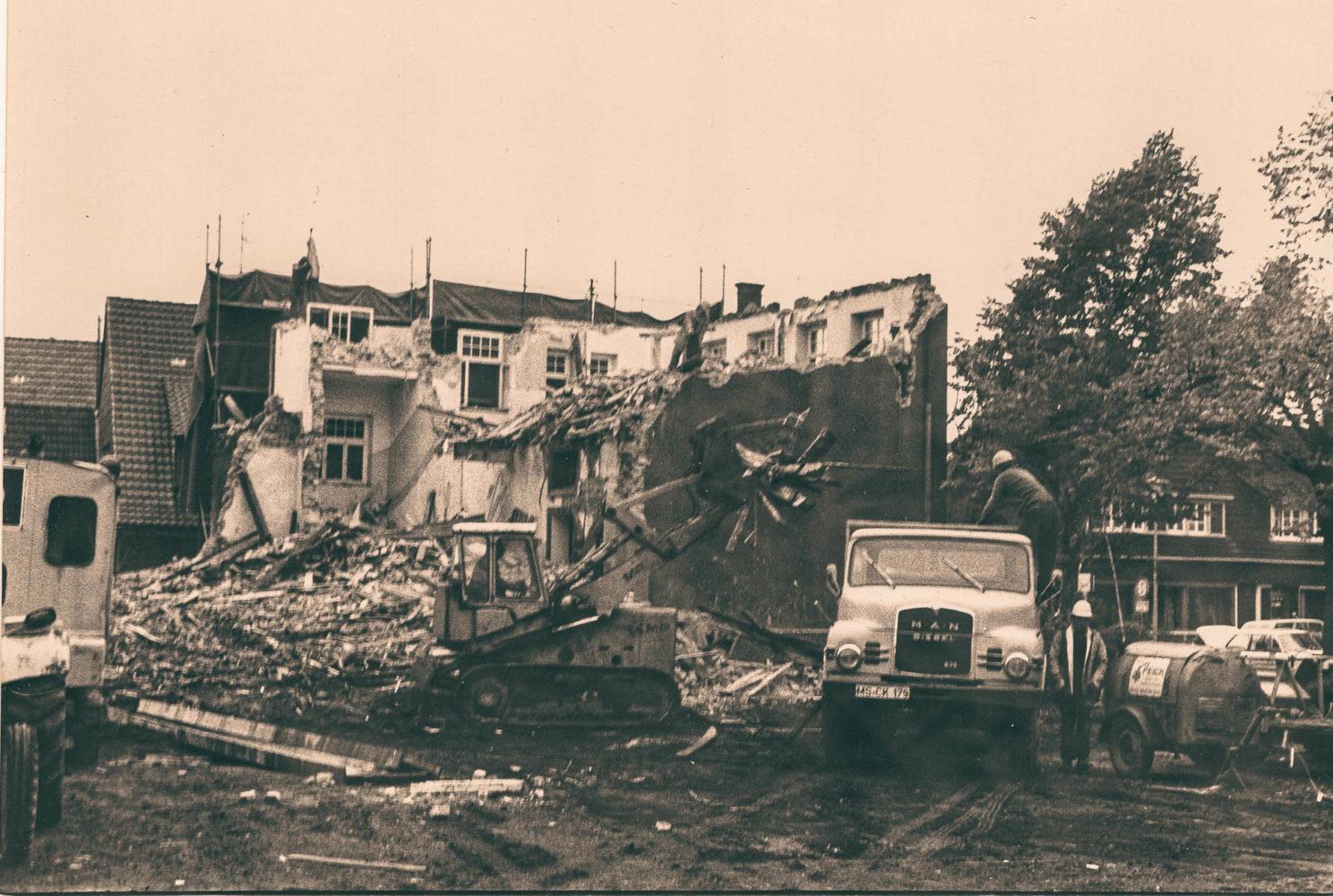 Fotos vom Abriss der alten Volksschule in Wolbeck