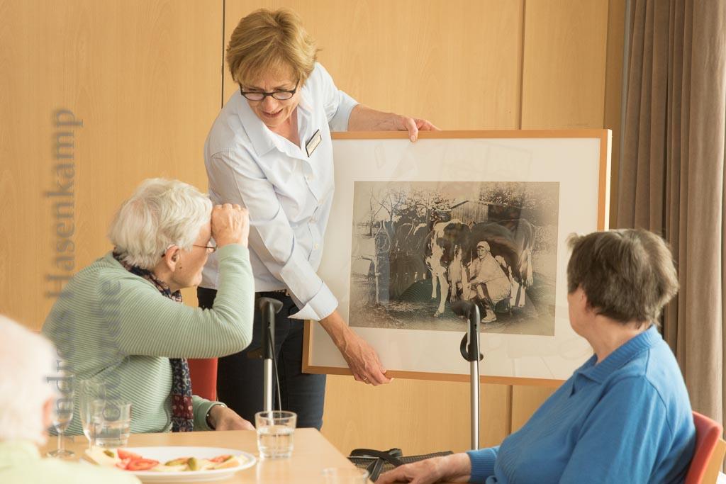 Fotofreunde Wolbeck eröffnen Ausstellung im Achatiushaus
