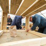 Boxenstopp-Workshop mit zwei Kilometern Holz