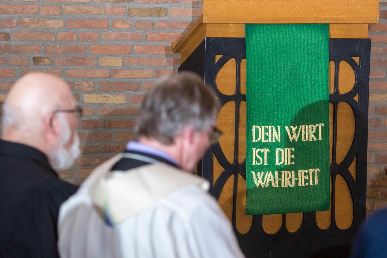 Gerhard Trottier und Thomas Schulz in der Christuskirche.