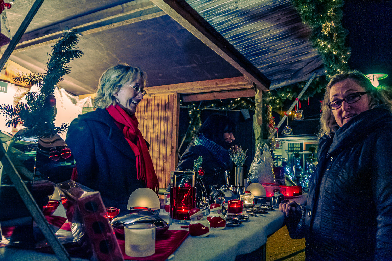 Weihnachtsmarkt 2013 des Gewerbevereins Wolbeck auf dem Gelände des Achatiushauses in Münster-Wolbeck. Fotos: A. Hasenkamp