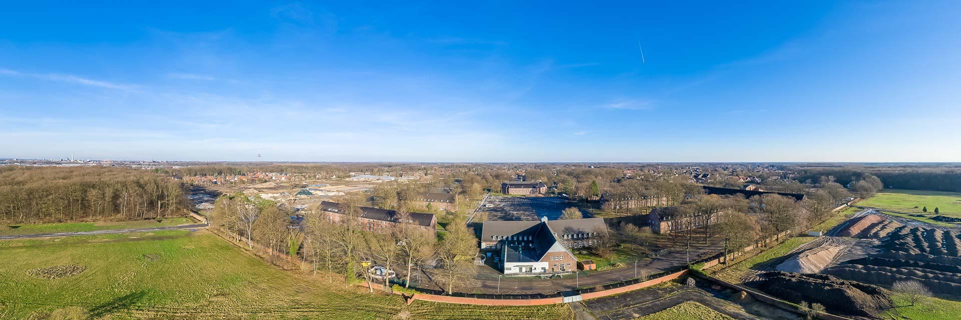 Panorama der York-Kaserne aus der Luft - ein zukünftiges Wohngebiet.